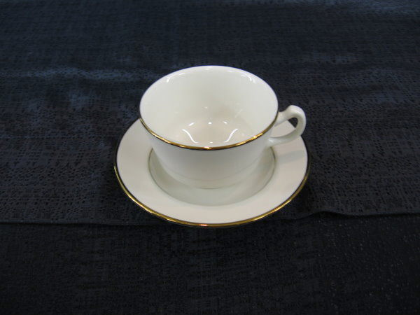 Where to find PLATE SAUCER    GOLD CHINA in Merrillville
